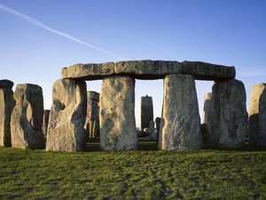 Scientists lift lid on Stonehenge mystery