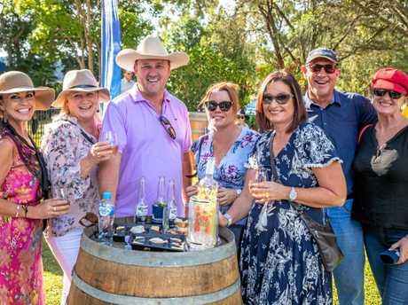 Wishlist Jazz and Wine Festival - Mareen Walters, Theresa Field, Glenn Field, Nicole Atkinson, Kerry Zaninetti, Barry Webb, Alison Stockel.