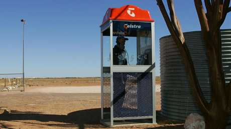 A then-new phone box in Coober Pedy 2005.