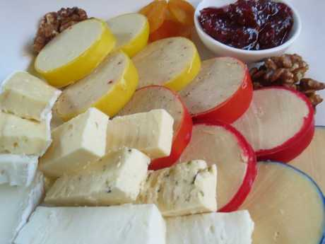 A sample of the fare on offer at Maleny Cheese