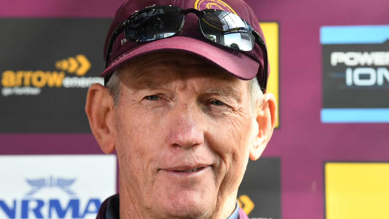 Wayne Bennett could be in line for a shock move to the foot of the mountains to replace Anthony Griffin. (AAP Image/Dave Hunt)