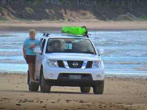 Should vehicles be banned on Brooms Head beach?