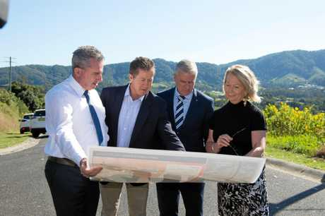 Luke Hartsuyker announces the $971 million Federal Government committment to the Coffs Harbour Bypass with Member for Page Kevin Hogan, Deputy Prime Minister Michael McCormack and Coffs Harbour Mayor Denise Knight.