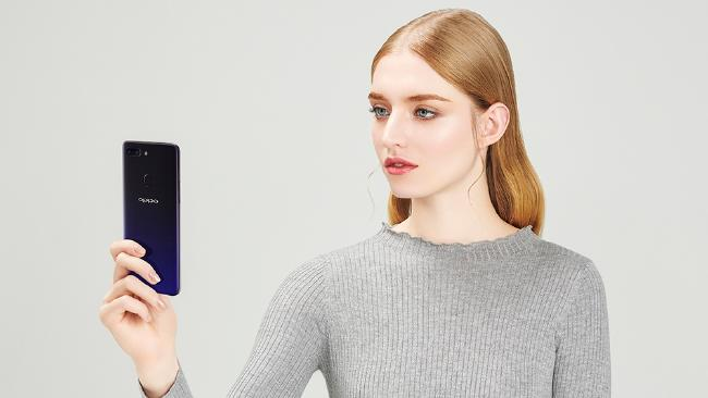 The Oppo R15 Pro features a 20MP front camera for crisp selfies.