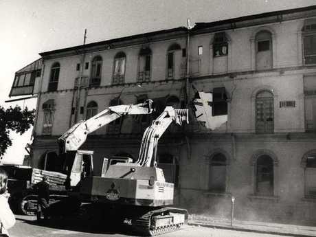 The demolition of Brisbane's Bellevue Hotel was a night of infamy.