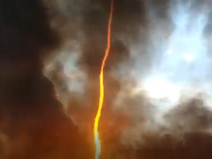 'Firenado' forms during factory blaze