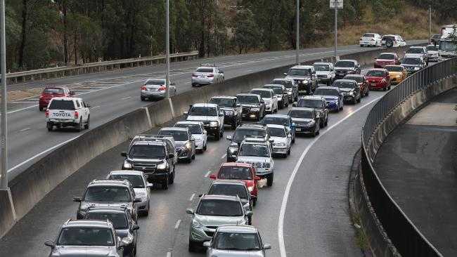 Motorists remain delayed on the Centenary Mwy in Brisbane's west.