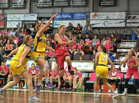Mackay Meteorettes' Heidi Freeburn on the drive against Townsville.