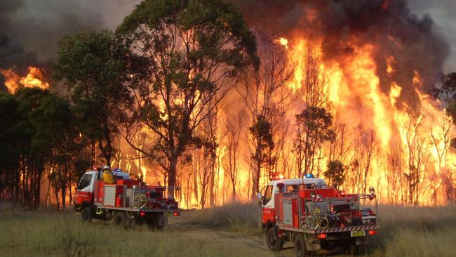 A man has been charged over seven of 100 suspicious fires in the central Queensland region. (File picture)