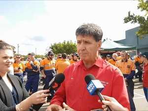 Bruce Saunders speaks at Downer strike
