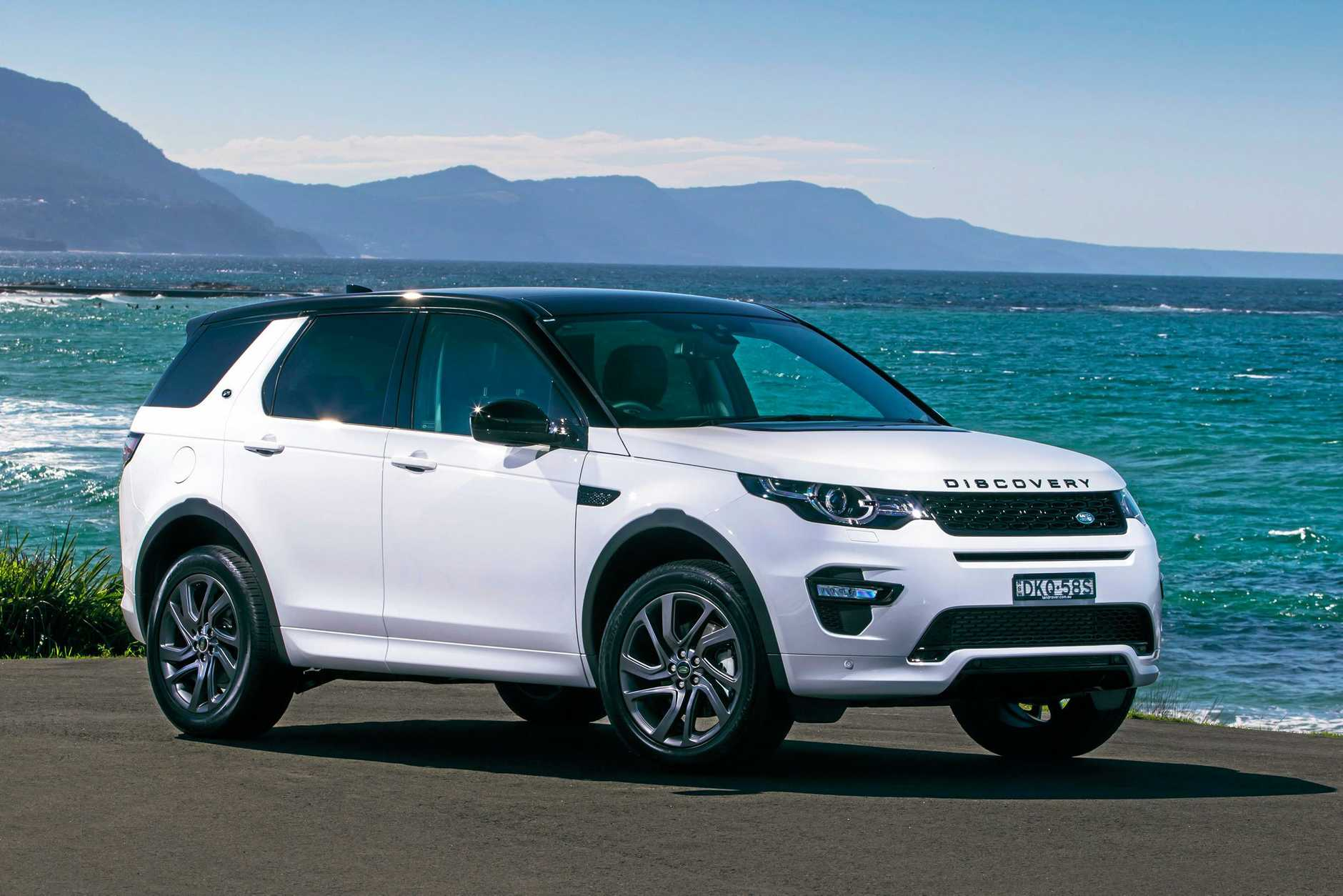 Range Rover Discovery Sport >> Land Rover Discovery Sport Is One Royally Cool Cat