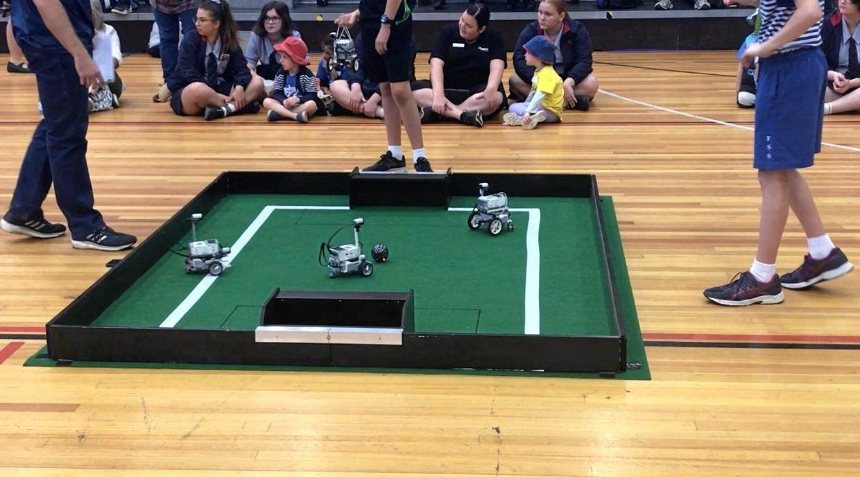 Robot soccer returned to the robot competition for the first time in four years.