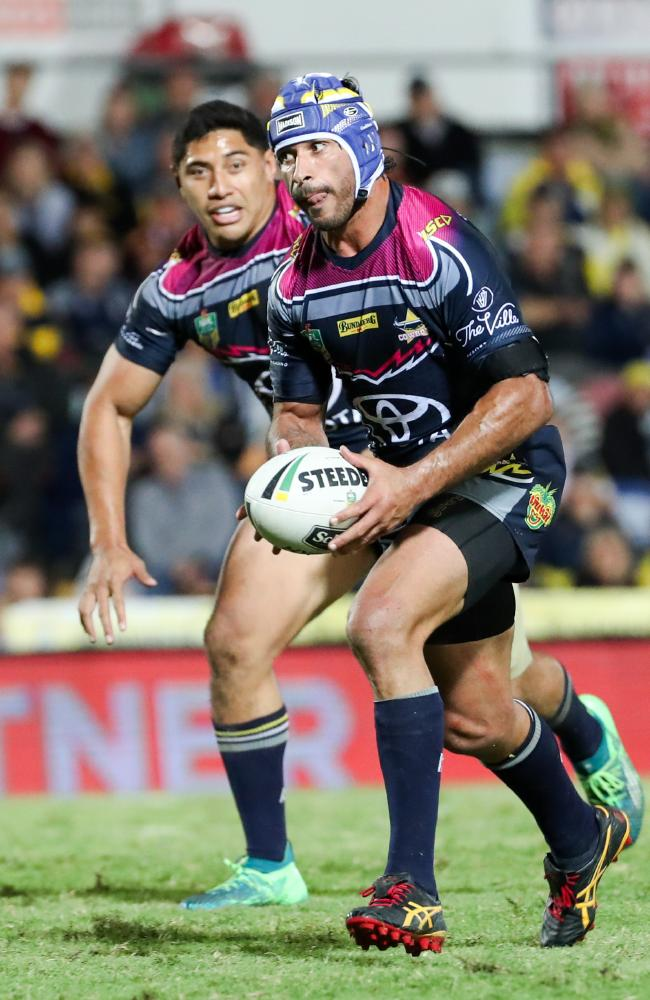 Johnathan Thurston has taken aim at Brisbane's underperforming halves. (AAP Image/Michael Chambers)