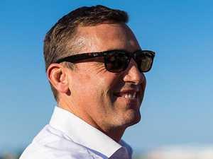 Gollan backs hoop's tactics on Ef Troop