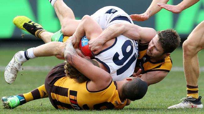 It was tough to get an easy kick at the MCG. Picture: Michael Klein
