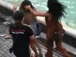 Tourists brawl over perfect selfie