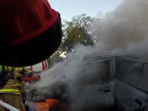 Firies extinguish car blaze