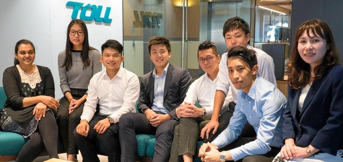 OPPOTUNITY KNOCKS: Give the Toll Group graduate program a go like these graduates did.