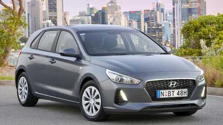 Hyundai's popular i30 would get a sales boost from an extended warranty.