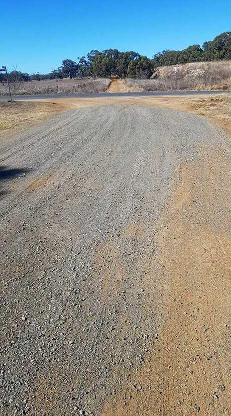 Dusty dirt road in Hendon.