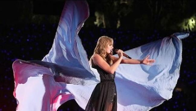 An emotional Taylor Swift opened up about her groping court case during her concert in Florida.