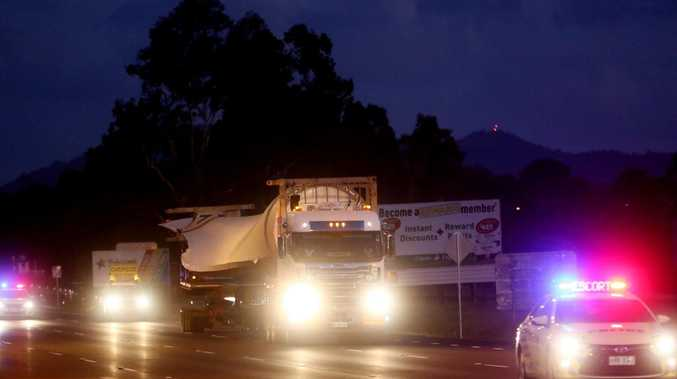 Truck rollover closes Bruce Highway