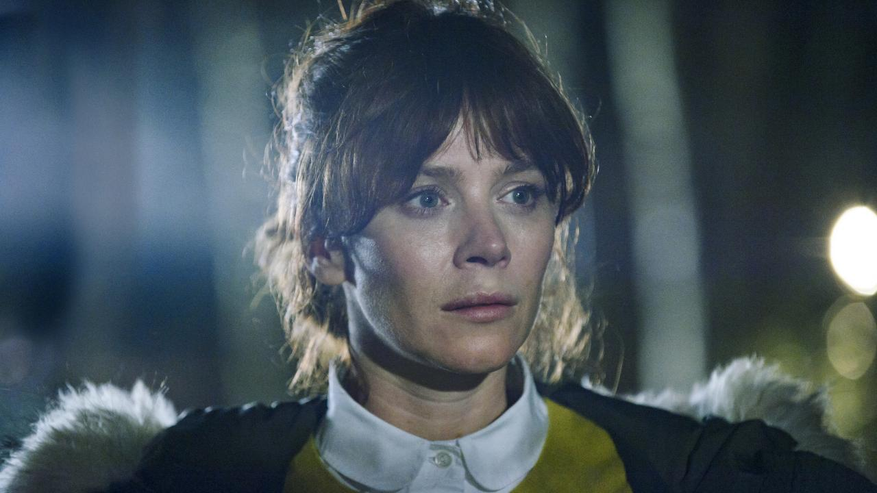 Anna Friel is sensational in the gritty crime drama Marcella. That jumper, not so much.