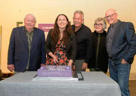 The cake is cut for the 30th birthday of the Grafton Regional Gallery by Gallery Foundation chairman Rod Watters, gallery director Niomi Sands, Ken Done, Friends of the Gallery chairperson Heather brown and Cr Peter Ellem.