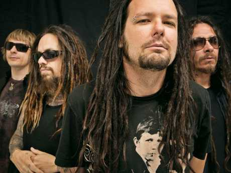 Davis (front) with his band, Korn.