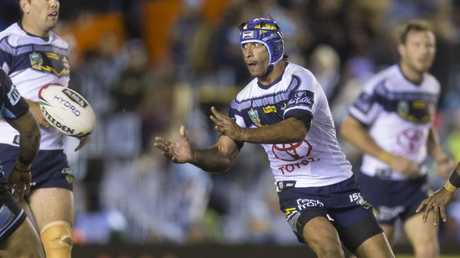 Johnathan Thurston played his final game in Sydney against the Sharks. (AAP Image/Craig Golding)