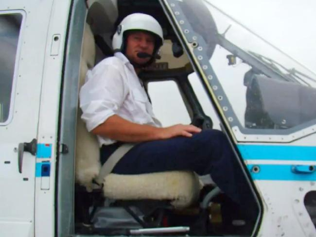 Pilot Allan Tull died yesterday when his aircraft water-bombing bucket became snagged in tree branches in NSW.