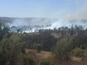 WATCH: Highway closed as grass fire burns north of Toowoomba