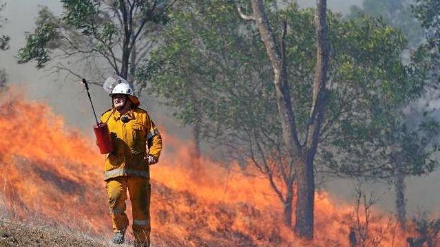 Fire crews prepare for tough day as conditions worsen