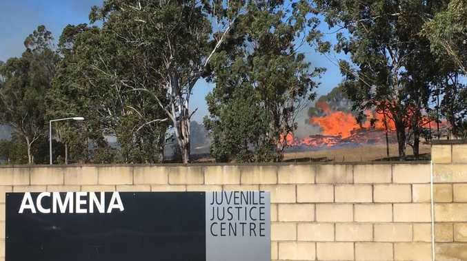 VIDEO: Bushfire threatens juvenile justice centre