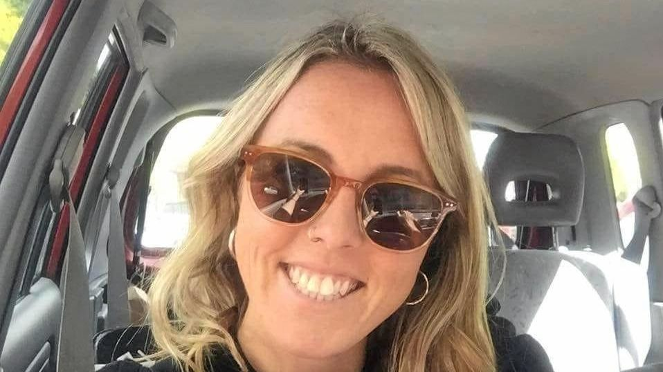 Sunshine Coast teacher Ellie Merry, 32, was diagnosed with advanced bowel cancer earlier this year.