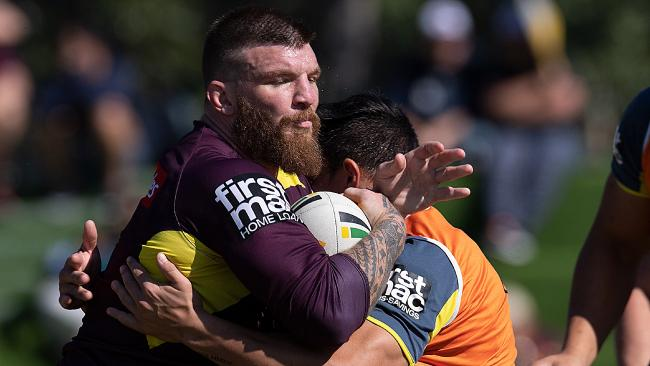 Josh McGuire exited the Broncos training run early. (AAP Image/Albert Perez)