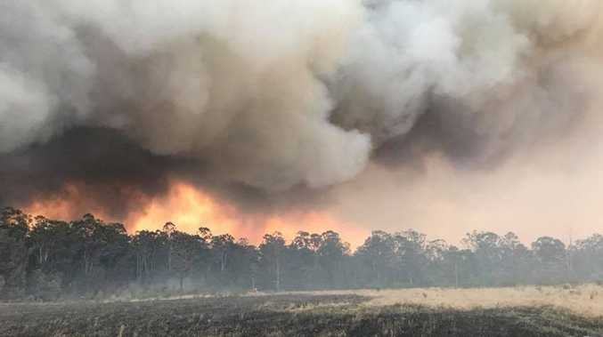 70 firefighers, 8 water-bombing planes help at bushfire
