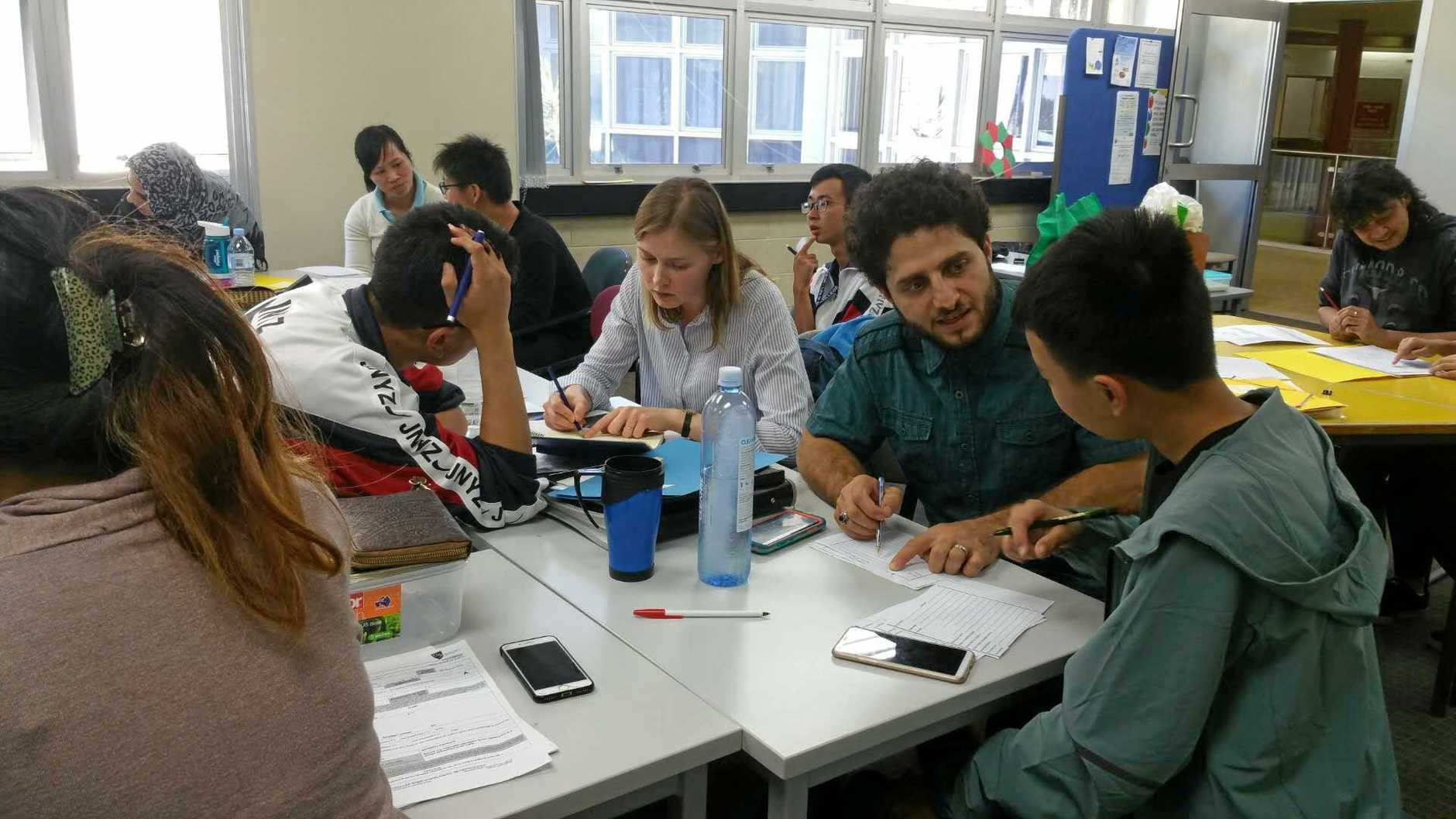 DELEGATION: Team work with local students.
