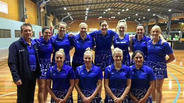 The 2018 Goodna Sapphires netball team.