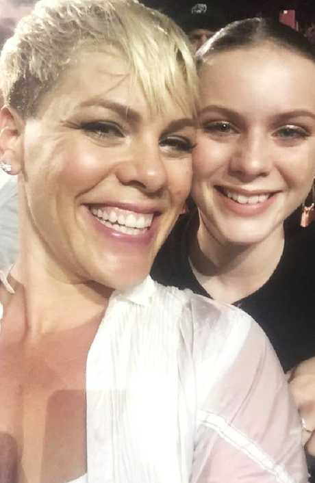 Leah also got a pic with P!NK at her Brisbane show.