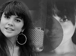BLOOM SINGS