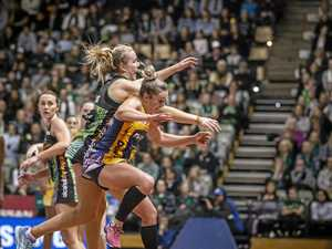 Lightning win second grand final