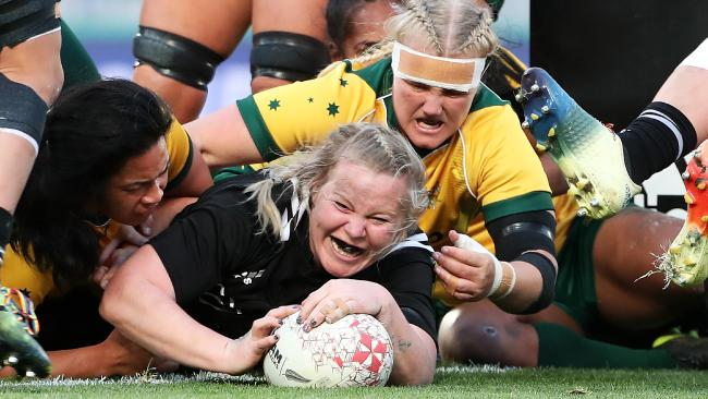 The Black Ferns' Phillipa Love scores a try at Eden Park on Saturday. Picture: Fiona Goodall/Getty Images