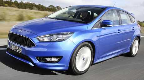2015 Ford Focus: Hatch or sedan, turbo engine, manual or auto — no PowerShift