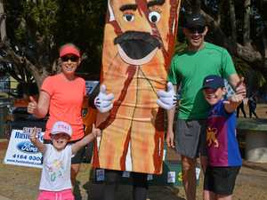 Runners burn off calories at BaconFest
