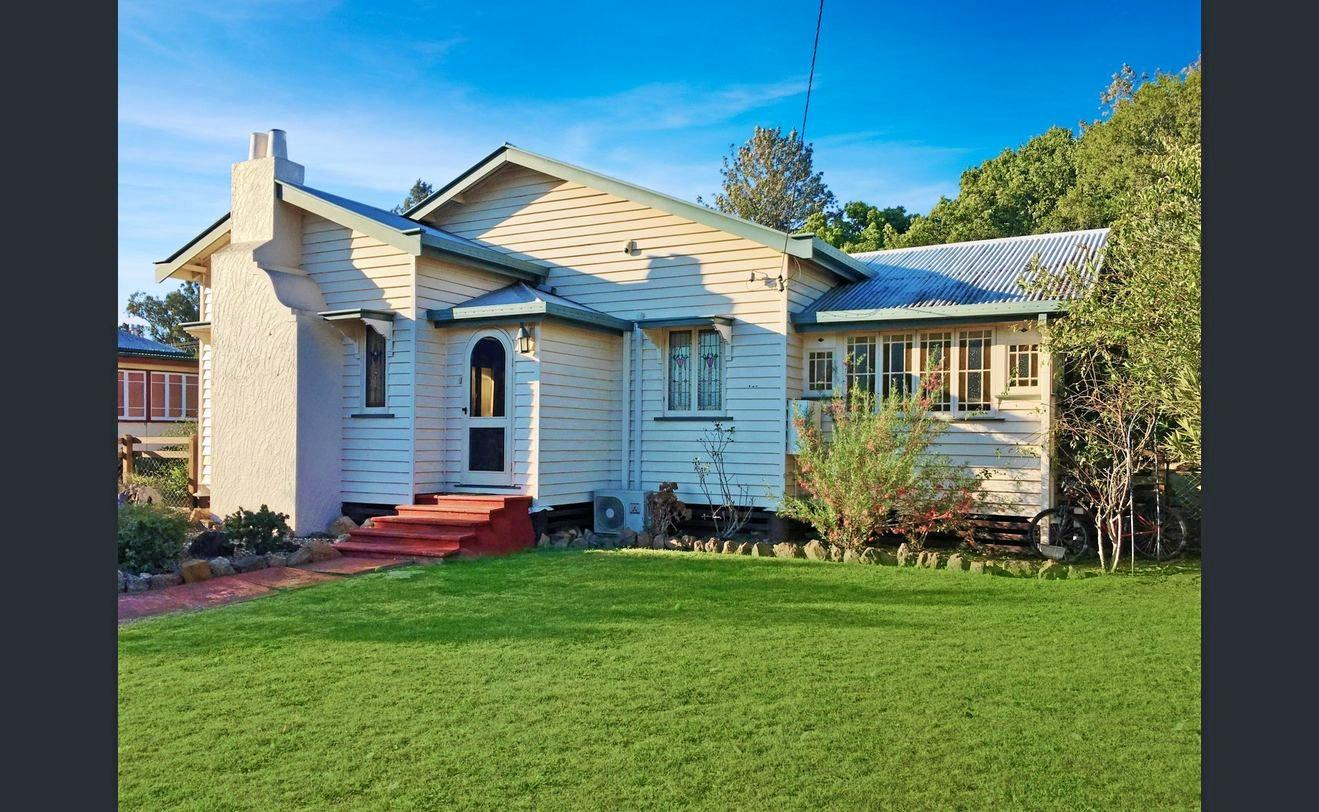 42 Edward St, Kingaroy.