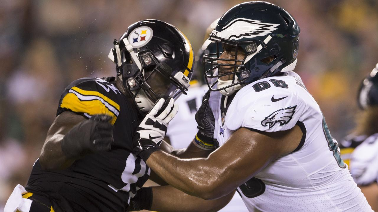 Ola Adeniyi (92) of the Pittsburgh Steelers rushes into Jordan Mailata (68) of the Philadelphia Eagles in a pre-season game on August 9. Picture: Mitchell Leff/Getty Images