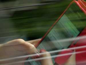 Footage shows how many drivers use their phones on the road