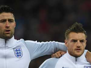 Three Lions duo call time on international careers