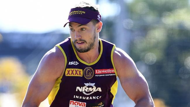 Keeping Oates would be a huge boost for the Broncos. (AAP Image/Dave Hunt)